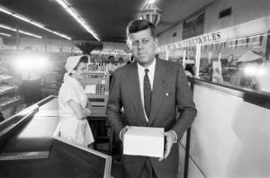 Click on the photo of JFK - here, stopping for donuts at a West Virginia store in 1960 - for more great HistoryinPics. (Photo: HistoryinPics)